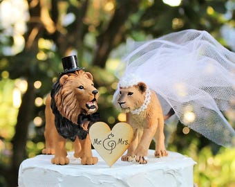 Lion and Lioness Wedding Cake Topper, Safari or Zoo Theme Cake Topper, Bride and Groom, Animal Cake Topper, Unique Cake Topper