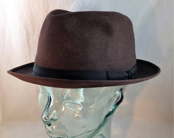 Vintage Royal Stetson Falcon Fedora Dark Brown with Black Band Size 7 1/2      01873