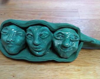 Ceramic Three peas in a pod