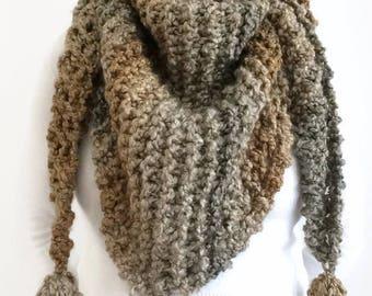 Triangle scarf Chunky knit scarf Women's scarf Shawl Knit shawl Women's shawl