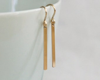 Small Gold Bar Earrings / Simple Gold Earrings / Gold Line Drop Earrings / Tiny Stick Earrings / Everyday Minimal Earrings