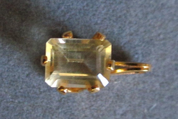 Citrine Pendant rectangular gold bezel 2.4ct