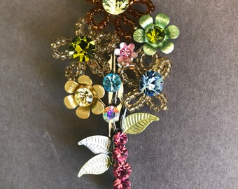 Floral Bouquet Pin