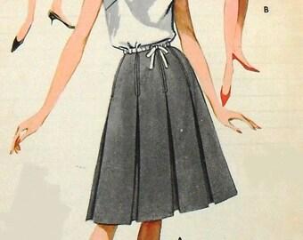 Butterick 2295 box pleated skirt, waist 23 1/2