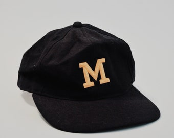 OFFICIAL Vintage Michigan College Football Hat GO BLUE!