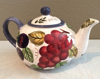 Vintage Oneida Vintage Fruit Hand Painted Collectible Teapot