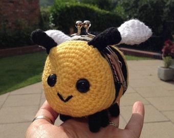 Bee Coin Purse Crochet Pattern