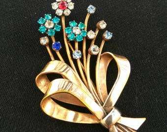 Vintage French brooch, mid century costume jewelry. Lovely sparkling spray of flowers.