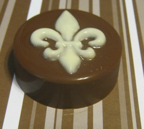 One dozen Fleur-de-Lys chocolate covered sandwich cookie party favors