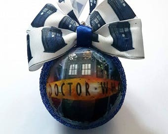Dr Who Tardis Christmas Tree Baubles/Decorations