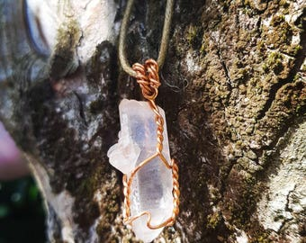 Clear Quartz Crystal Necklace, Clear Quartz Crystal Point Necklace, Clear Quartz Necklace, Clear Quartz, Crystal Point Necklace,Wire Wrapped