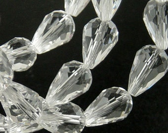 CLEARANCE Glass Beads 10 Clear Teardrop Faceted Drop 15mm x 10mm (1021gla15-01)os