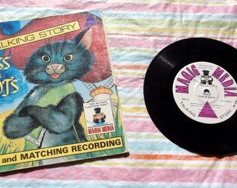 "Vintage 1976 Book and Record set Puss in Boots Talking Story 7"" record Magic Media B-12"