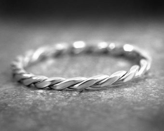 Silver stacking ring, Twisted ring, rope ring, dainty ring, twist ring, textured silver ring, petite silver ring, dainty silver ring, 925