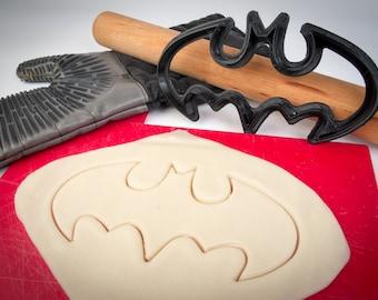 Large Batman cookie cutter, FOOD SAFE, 3D Printed