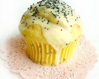 Lemon Poppy Seed Muffin - full-size exfoliating muffin soap