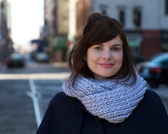 Knitting Pattern - Infinity Scarf Cowl - Easy Intermediate