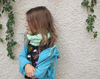 Mint Green Chunky Crochet Neck Warmer, Chunky Soft Crochet Cowl, Knit Neck Warmer, Gift for Her, Winter Fall Fashion