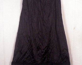 vtg 60s Sears The Doesn't Slip black Lace Satin 1/2 Slip Skirt Lingerie sz S