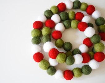 Christmas Garland - Pom Pom Garland - Felt Ball Christmas Garland - Holiday Mantle Decor - Red, White Green Garland - Vintage Christmas
