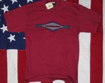 Vintage Deadstock 1990's Vermont Souvenir T-Shirt Medium Magenta Tourist New England Burlington New With Tags Logo
