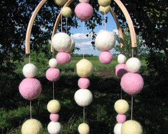 Baby mobile pink Needle felted baby mobile Felt ball mobile Baby shower gift Baby crib mobile Felt mobile Baby boy mobile Baby girl mobile
