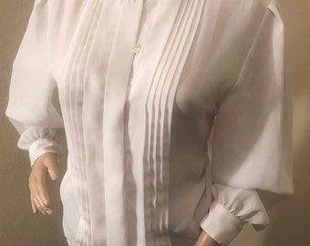 Women's Vintage White Blouse Size 8x