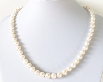AAA Classic White Freshwater Pearl Necklace With Silver Clasp, Handmade to Order, Custom Length, Mother's Day Gift for Her, June Birthstone