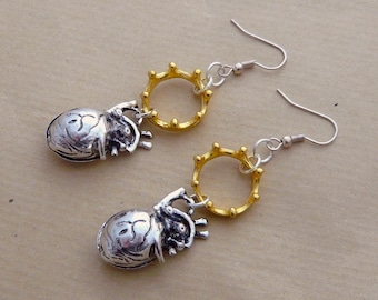 Steampunk heart Anatomy human and encircled skull skeleton silver and gold earrings