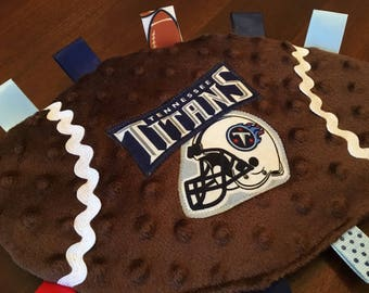 Tennessee Titans Football Crinkly Toy, NFL teether, grab toy, stroller toy, baby lovey, sensory toy, sports toy, baby,pacifier holder
