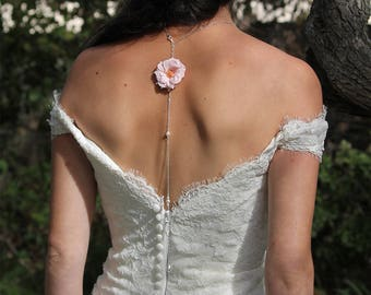 Preserved flowers back necklace Alice - flower necklace for your wedding