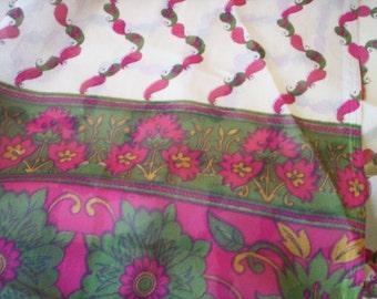 Vintage paisley shawl/Winter Shawl wrap/Spring Shawl/Vintage sheer shawl/Head piece/Throw scarf/Scarf/Head wrap/paisley floral sheer shawl