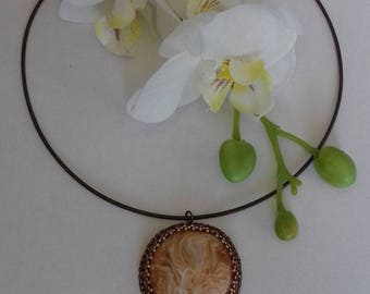 bronze embroidered pendant necklace
