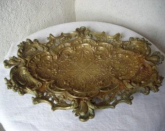 Bronze serving dish.  Old bronze platter. Decorative Platter. Table Decoration. Vintage Platter.