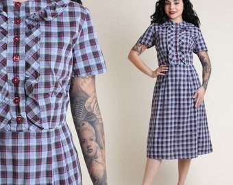SALE SALE SALE vintage 50s Flower Button plaid Ruffle collar dress size L / striped rockabilly pinup day dress 1950s large