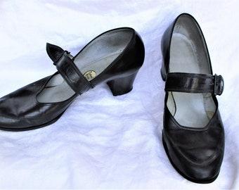 Vintage 40s Black Pumps Shoes Black Character 9 Strap