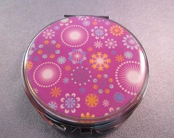 Artsy Compact Purse Mirror 1pc