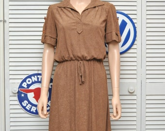 Vintage 70s Womens Terry Dress Hazelnut Brown Autumn color Medium Small short sleeve elastic waist Theater Costume Faux button sleeve v-neck