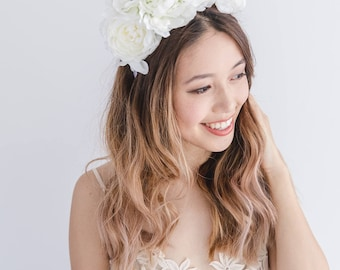white spring races flower crown fascinator // purple spring flower crown / spring racing flower headpiece / derby day spring carnival