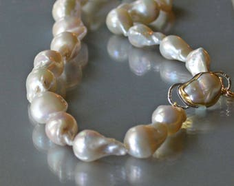 Baroque Pearl Necklace, Large White Baroque Pearls, Hand Knotted Pearls, Natural Pearls, Wedding Jewelry, June Birthstone