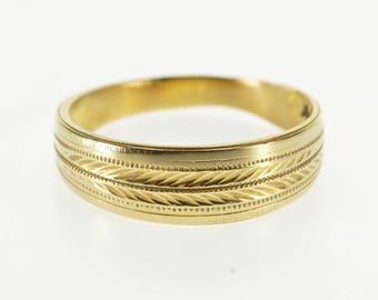 14k Dot Grooved Leaf Patterned Graduated Band Ring Gold