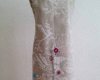 Japanese apron natural linen Birdy with motives