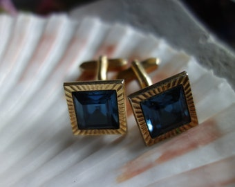 Gorgeous cufflinks decorated with light blue, polished, unchecked, Vintageschmuck-sparkling stones