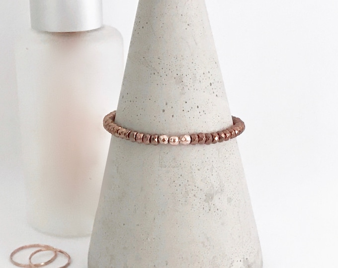 QUINSCO - Small Bronze/Copper Hematite Bead Stretch Bracelet with Rose Gold Hardware