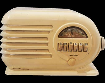 Art Deco Grantline Radio