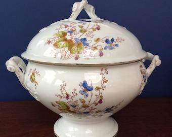 French Antique Tureen, Aux Lions de faience paris, antique soup tureen with lid, soupiere, antique dinnerware, hand painted