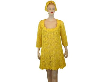 L, Vintage 70's Lace Dress, A-line 1970's Yellow Dress and Headscarf, Large 14