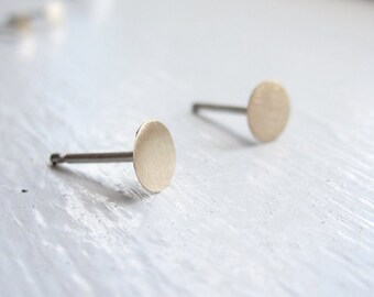 5mm Flat Gold Colored Brass studs, 5mm Brass earrings, silver studs, Brass flat disks stud earrings 0029
