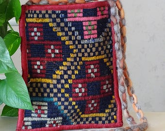 VINTAGE RUG BAG, Turkish Kilim Bag, Blue Handmade Purse, Crossbody Tribal Sling Bag, Slim Textile Bag, Retro Accessories