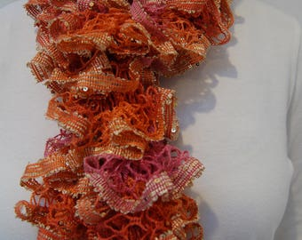 Pink and coral Ruffled knit scarf
